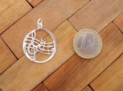 colgante-pentagrama-notas-musicales