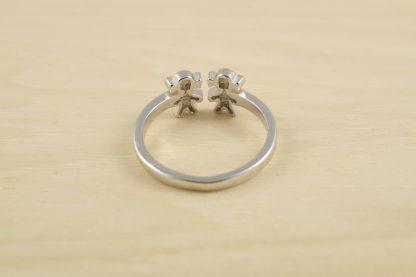 anillo-dos-niñas-plata-2