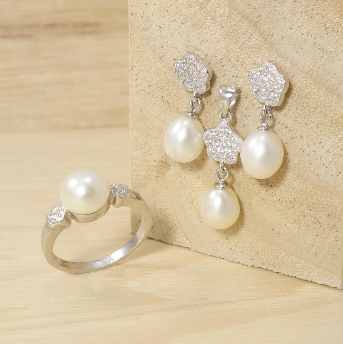 Conjunto Completo para Celebraciones o Novia con Perlas y Circonitas en Gargantilla,Pendientes y Anillo de Plata de Ley 925